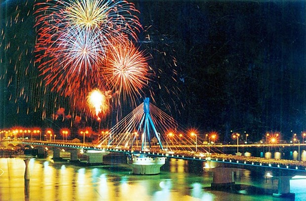 Da Nang to host int'l fireworks fest in April hinh anh 1