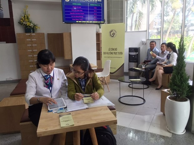 HCM City targets 10 pct growth in retail sales, export revenue hinh anh 1