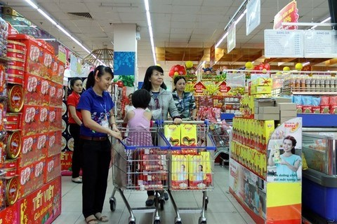 Retail sales and services reach almost 175 billion USD hinh anh 1