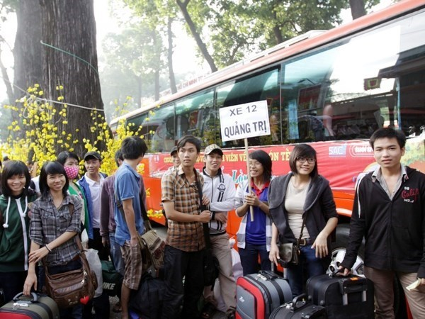 Dong Nai: 500 free tickets to send poor migrant workers home for Tet hinh anh 1