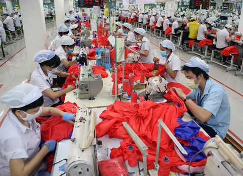 Garment sector eyes 34 billion USD in export turnover hinh anh 1