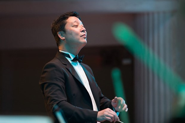 Conductor Le Phi Phi returns home for classic concert hinh anh 1