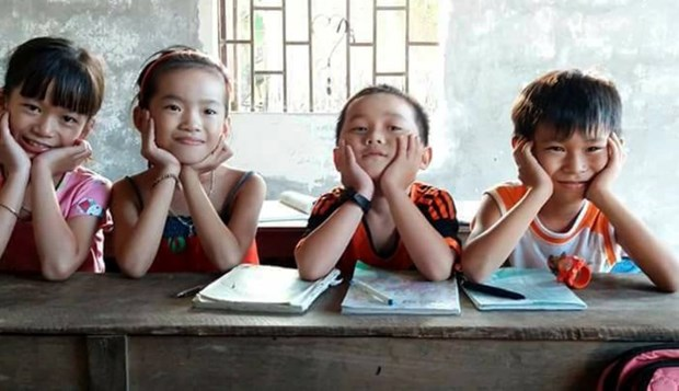 Taiwanese organisation supports poor children in central region hinh anh 1