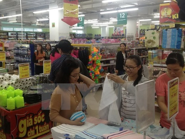 Retailers under pressure as more foreign peers predicted to come hinh anh 1