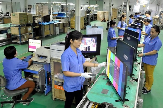 Ministry urges improved business climate hinh anh 1
