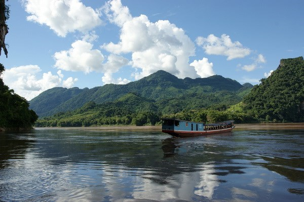 ADB launches photo contest on Mekong sub-region's development hinh anh 1