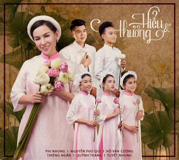 Viet kieu singer to help poor kids hinh anh 1