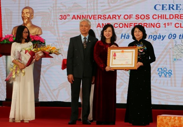 SOS Children's Villages Vietnam receives first-class Labour Order hinh anh 1