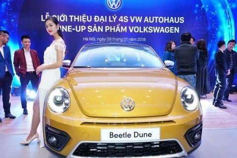 German carmaker opens two more showrooms in Hanoi hinh anh 1