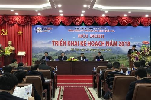 EVNNPT strives to ensure progress of power transmission projects hinh anh 1