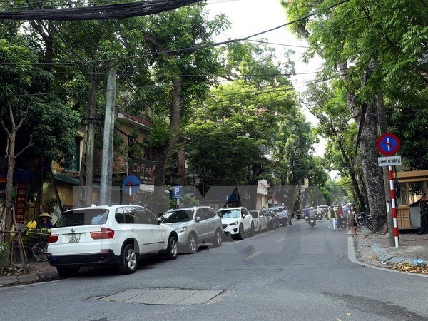 HCM City gets serious about parking hinh anh 1