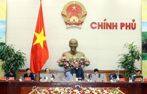 PM chairs meeting with Vietnam-Laos Cooperation Committee hinh anh 1