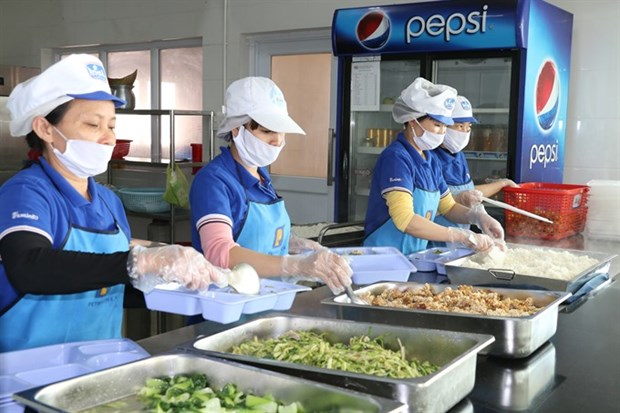 Better meals make better workers hinh anh 1