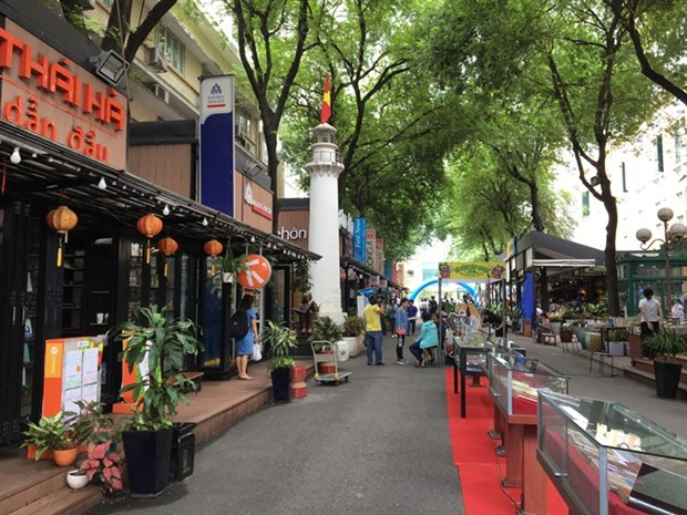 Book streets should meet local needs hinh anh 1