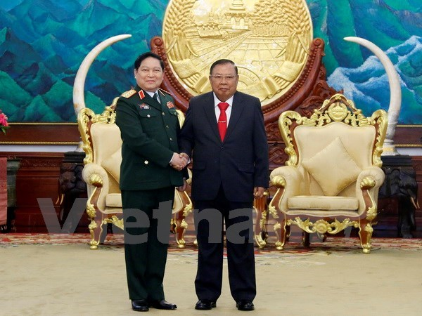 Vietnam treasures ties with Laos: Defence Minister hinh anh 1