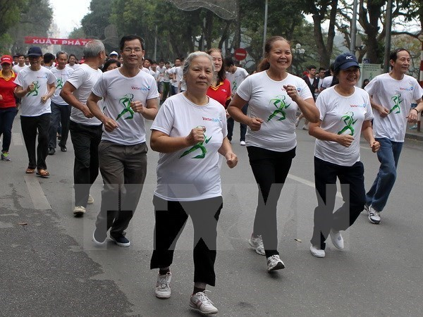 Olympic Run Day raises awareness of physical exercise hinh anh 1