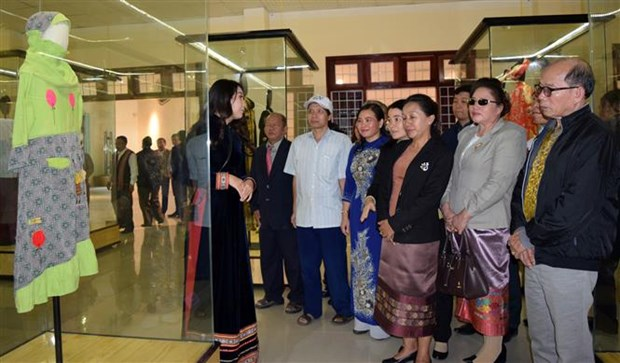 Exhibition on cultural heritage of ASEAN Community opens in Kon Tum hinh anh 1