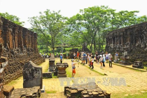 Over 1,000 artifacts of My Son sanctuary go digital hinh anh 1