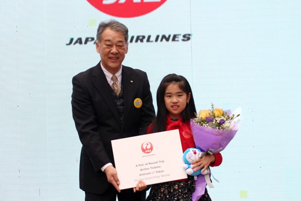 Winners of traffic safety slogan contest announced hinh anh 1