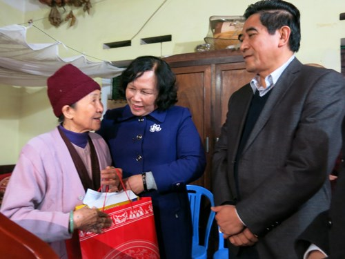 Ha Nam: Over 1 million USD raised for poor people hinh anh 1
