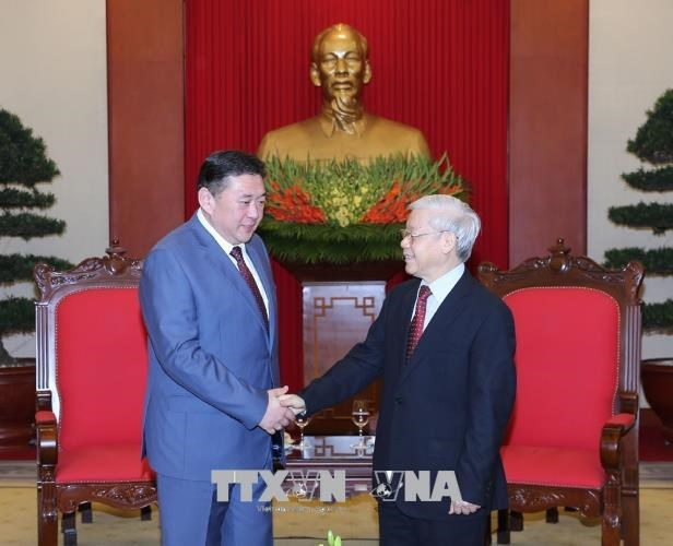 Vietnam, Mongolia urged to strengthen relations hinh anh 1