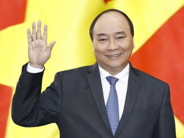 PM Nguyen Xuan Phuc leaves for ASEAN-India summit hinh anh 1