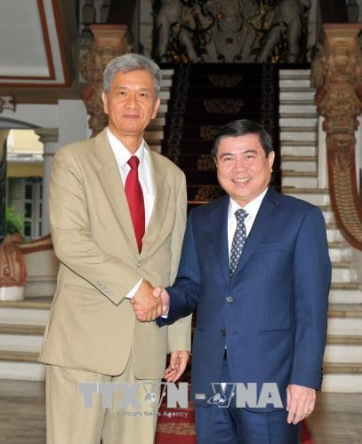 HCM City boosts trade with Laos hinh anh 1