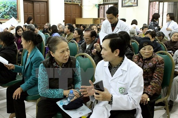 Second survey on women's health, life experience launched hinh anh 1