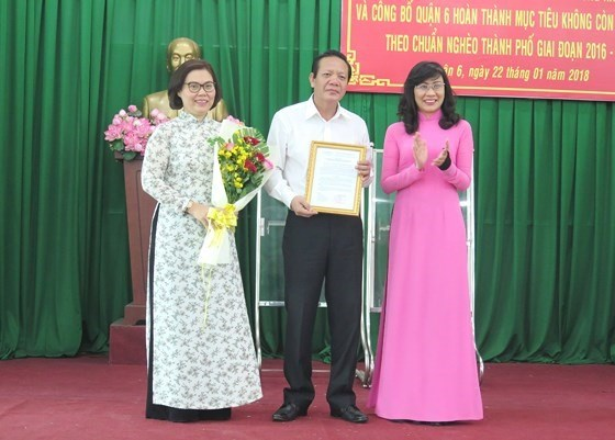 HCM City's district achieves target of no poor households hinh anh 1
