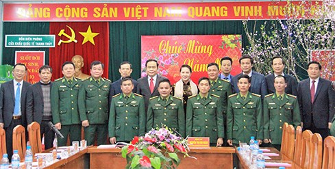 Top legislator pays Tet visit to border guards in Ha Giang hinh anh 1