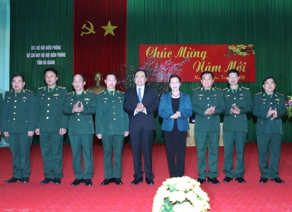 NA Chairwoman pays working visit to Military Zone 2 High Command hinh anh 1