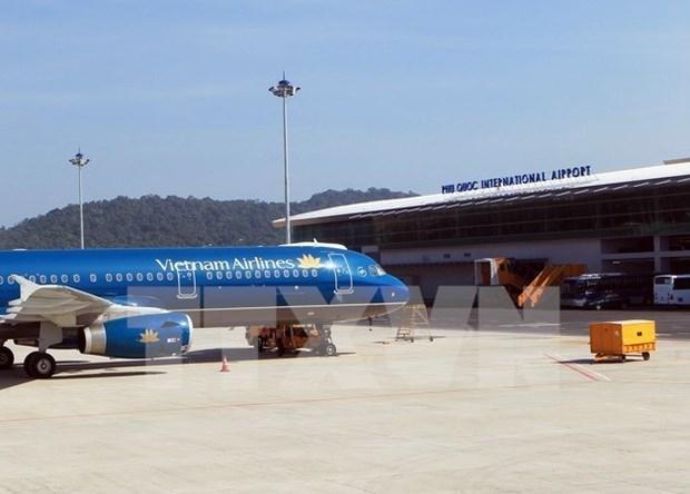 Phu Quoc airport's passenger throughput exceeds capacity hinh anh 1
