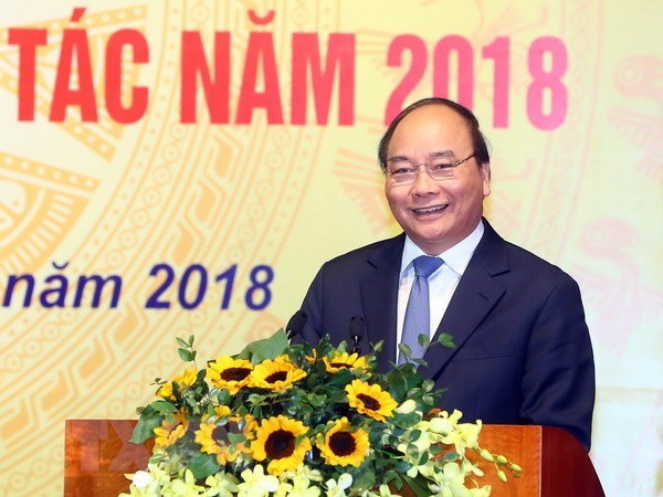 PM underlines Vietnam's achievements in 2017 hinh anh 1
