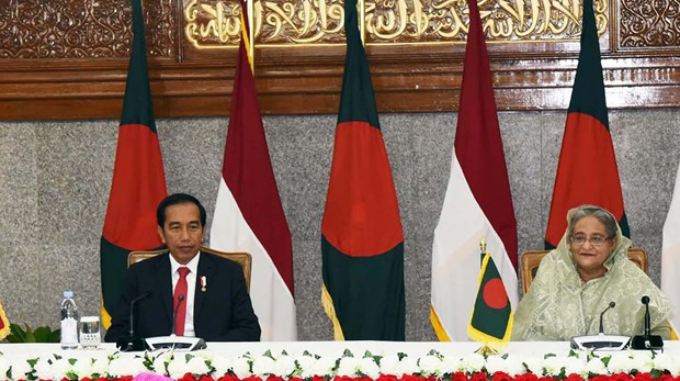 Indonesia, Bangladesh sign five cooperation deals hinh anh 1