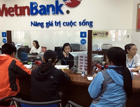 Local banks set to expand across country in early 2018 hinh anh 1