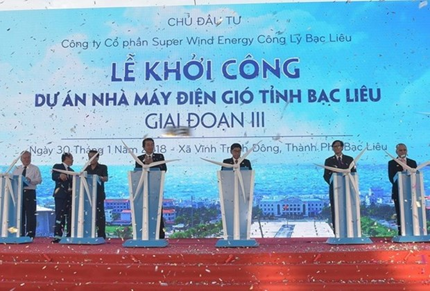 More turbines installed for Bac Lieu Wind Power Plant hinh anh 1