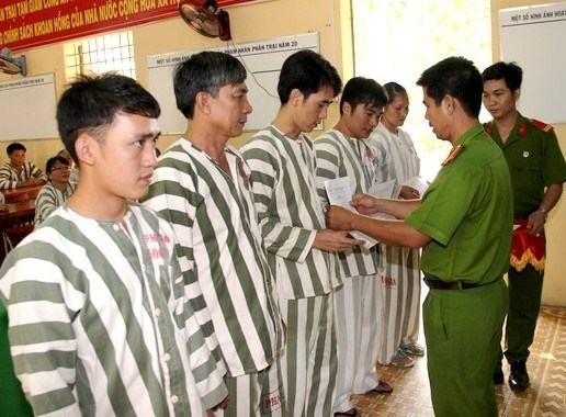 Tay Ninh: 691 prisoners have terms reduced on Tet occasion hinh anh 1