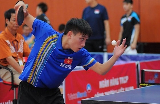 Vietnamese player aims to take title of elite table tennis event hinh anh 1