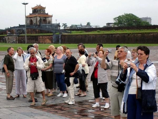 Thua Thien-Hue's tourism enjoys auspicious start hinh anh 1