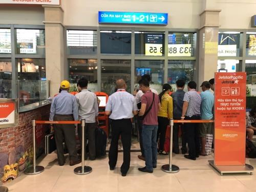 Jetstar Pacific installs check-in kiosks at airport hinh anh 1