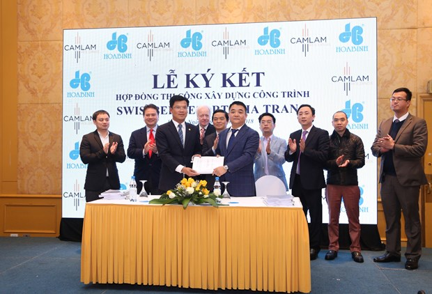 Hoa Binh Construction Group wins multi-million dollar contracts hinh anh 1