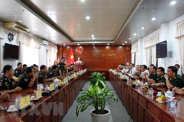 Cambodian general pays Tet visit to Hau Giang hinh anh 1