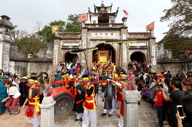Exhibition re-enacts Vietnam's culture in Co Loa Citadel relic site hinh anh 1
