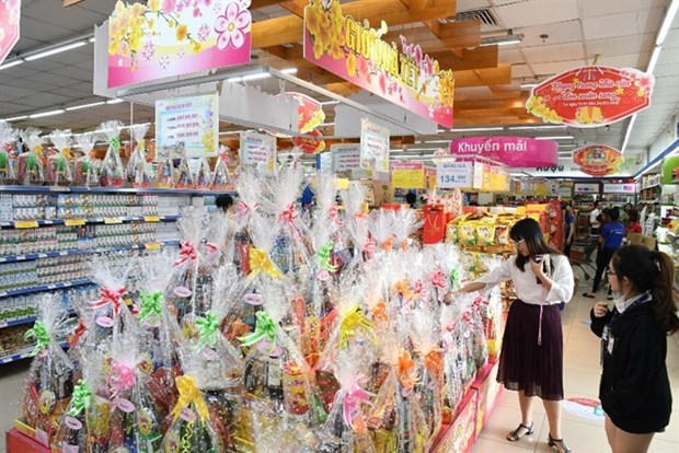 Market for Tet gift hampers booms in HCM City hinh anh 1
