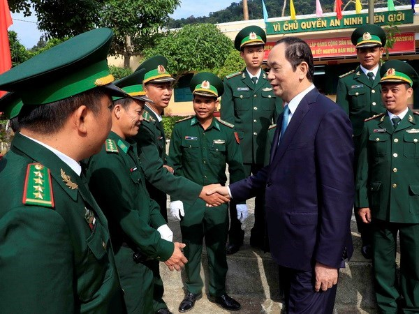 President visits Kon Tum ahead of traditional Tet hinh anh 1