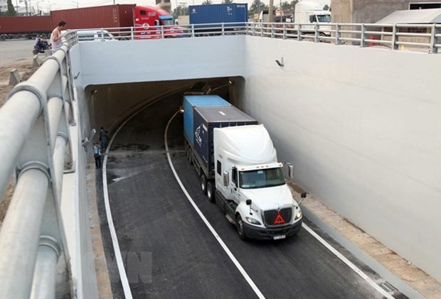 Cat Lai Port tunnel in HCM City opens to traffic hinh anh 1