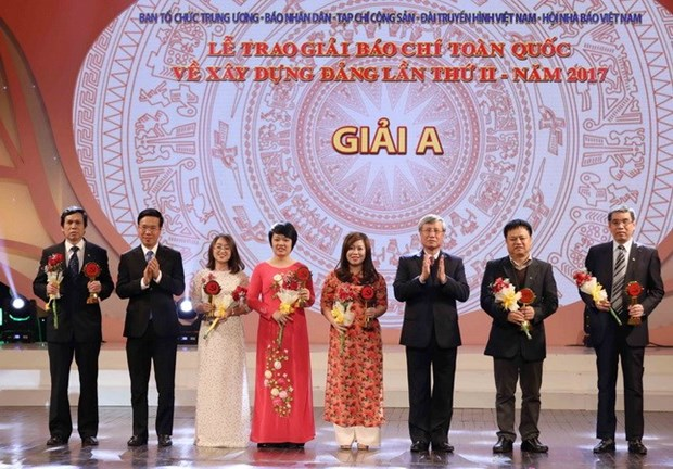 Winners of second press contest on Party building announced hinh anh 1