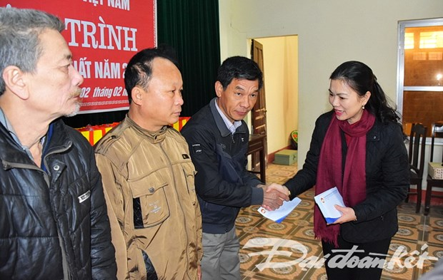 Programmes bring warm Tet to less fortunate people hinh anh 1