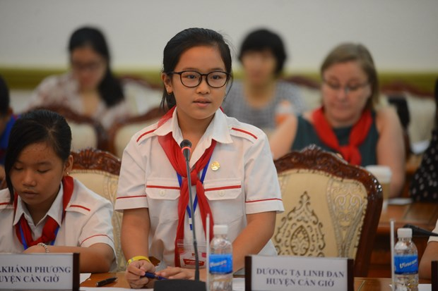 HCM City children complain of overload in school curriculum hinh anh 1