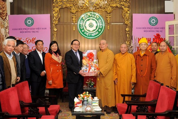 Hanoi leader extends New Year wishes to Buddhists hinh anh 1